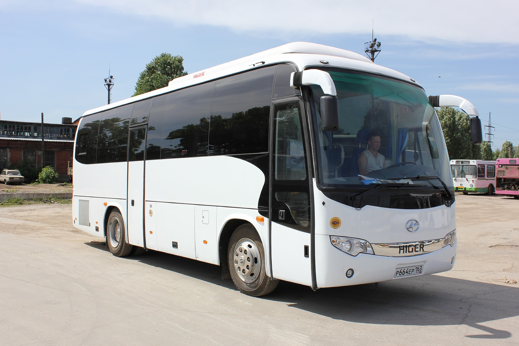 Аренда автобуса HIGER. HIGER аренда в Самаре.